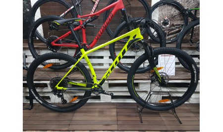 BICICLETA SCOTT SCALE 940 2019
